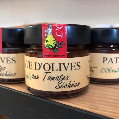 OLIVE PASTE WITH DRIED TOMATOES